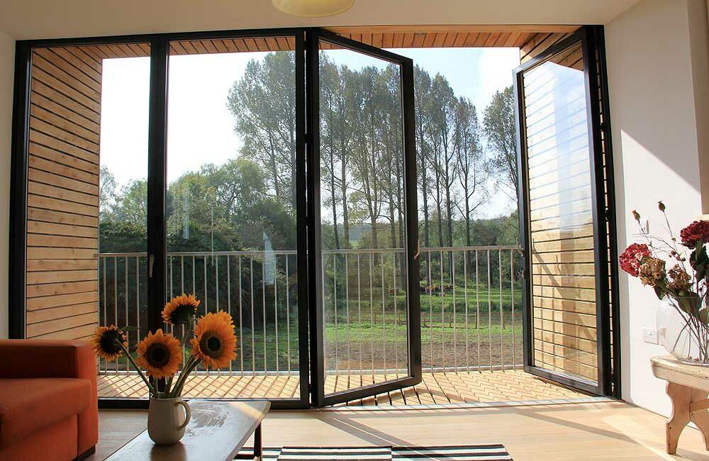 SUNFLEX SF75 Bifold Doors feature on Grand Designs
