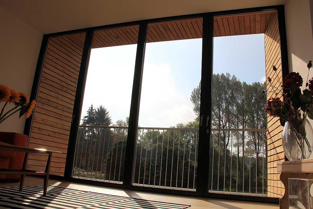 bifold doors to balcony