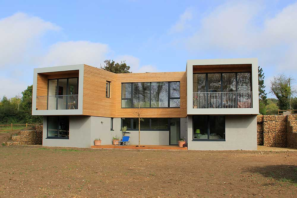 house from grand designs with bifold doors