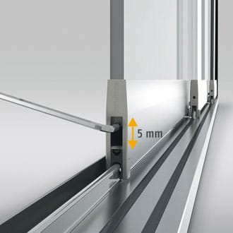To compensate for structural variations the integrated rollers can be adjusted for height by up to 5 mm.